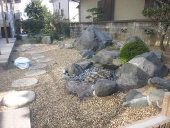 和風庭園も組み直しました