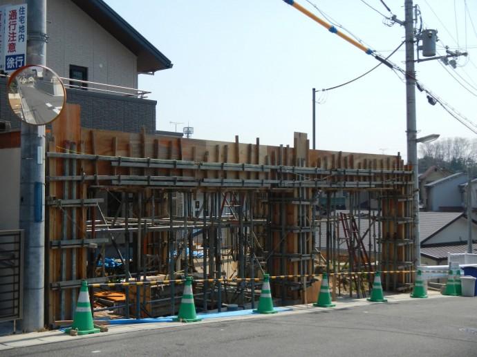 4柱・梁の型枠工事