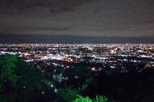 普段はゆっくり夜景を眺める機会がないので、