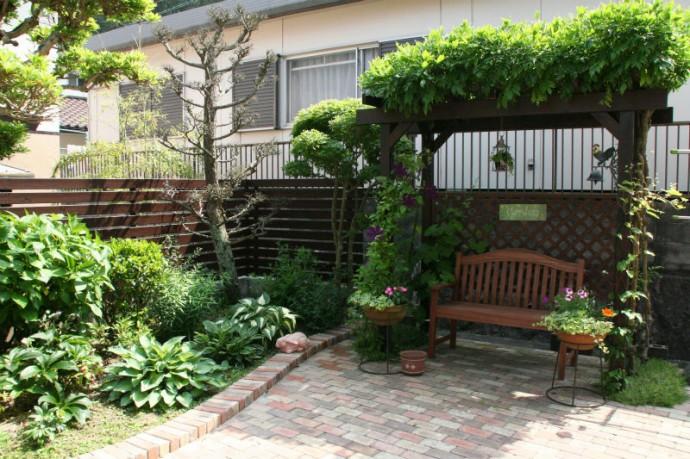 本当にお庭がお好きな方にはもってこいです。