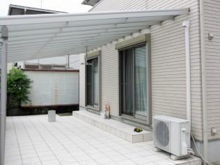 外の屋根はなるべく低く。
